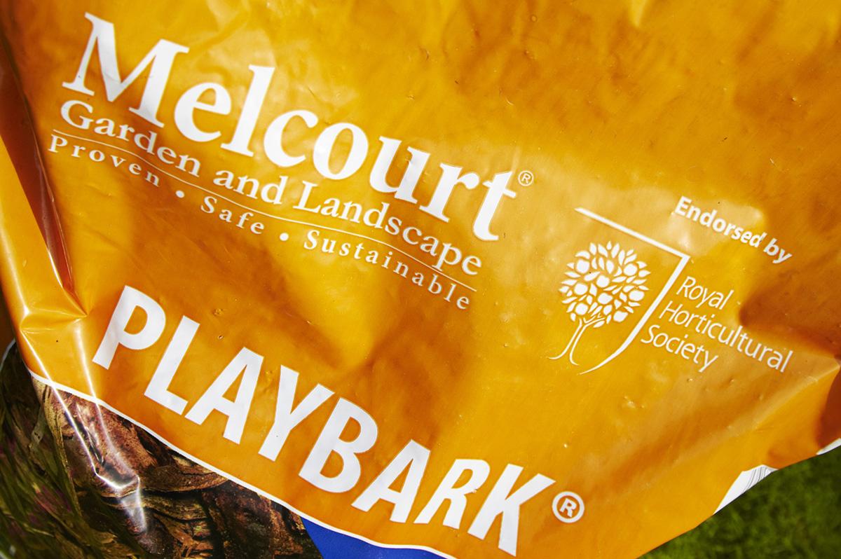 Melcourt-70L-Playbark